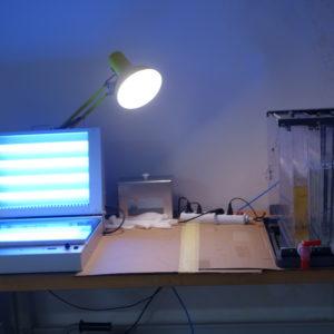 UV osvit s leptací stanicí pro výrobu desek plošných spojů