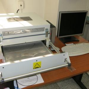 Infračervená pájecí pec pro pájení osazených SMD součástek