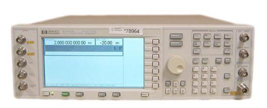 RF signální generátor HP E4431B